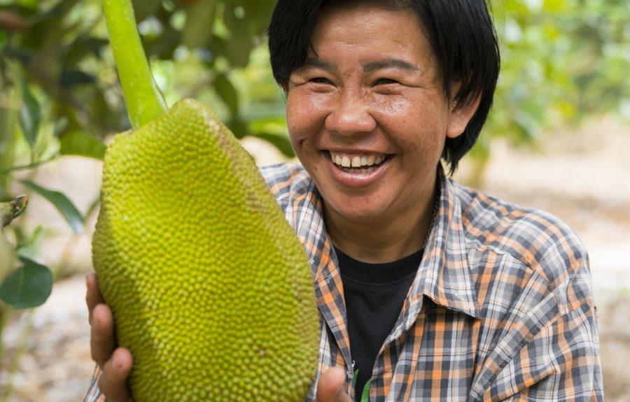 Khun Nipalin met Jackfruit